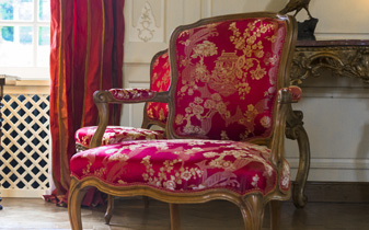 Re-upholstery | Using traditional methods